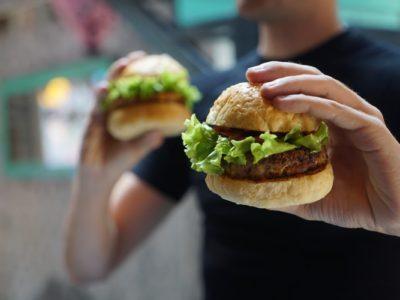 Το στρες εξίσου κακό για το πεπτικό σύστημα με το πρόχειρο φαγητό
